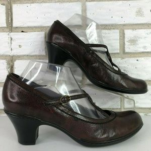Clarks Brown Leather T-Strap Buckle Dress Pumps